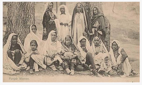 1905. A group of Punjabi women. Source: G T 1588 Facebook page