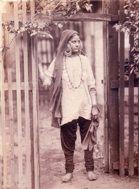 1890. A Sikh woman before her wedding. Source G T 1588 Facebook page.