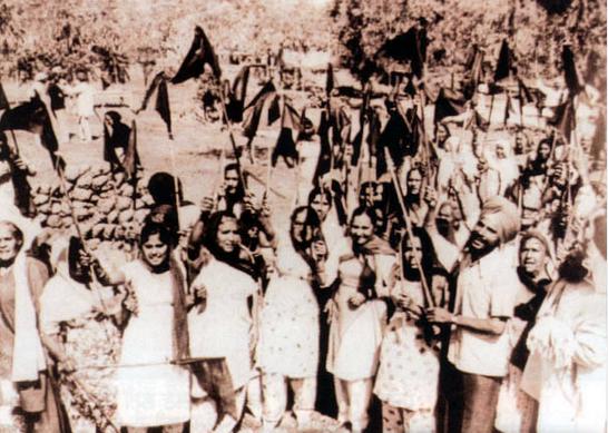 Year: 1955. Kaurs lobbying for a Punjabi speaking state during the Punjabi Subha Morcha. Source: Sikh Central Museum.