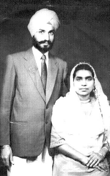 1959. Dr. Manmohan Singh & Dr. Preetam Kaur.