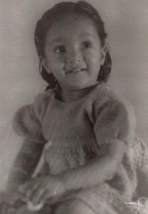 1953. Vicky Gurjit Kaur Dhaliwal age 3 or 4. Source: Thereach.ca