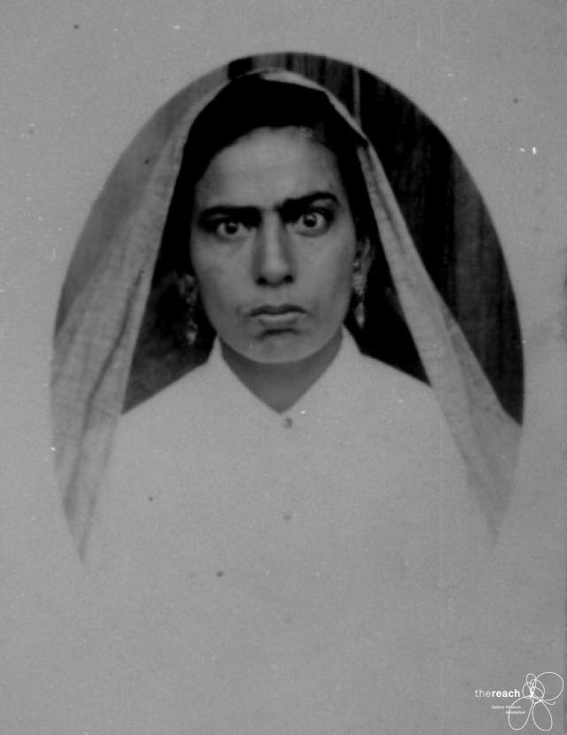 1949. Kartar Kaur Gill's passport photo. Source: Thereach.ca