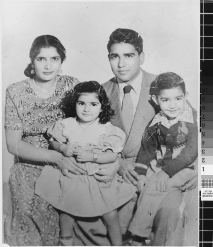 Sohan Singh Rai Family picture, 1953, USA. Source: https://www.facebook.com/SikhsInShanghai/