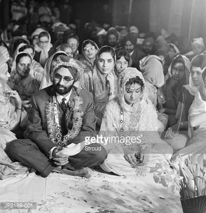 Dr Armjit Chopra marries Daman Chatwal in a traditional Sikh wedding. February 27, 1966| Credit: Stroud. Source: http://www.gettyimages.com/detail/photo/sikh-wedding-high-res-stock-photography/JF3188-001