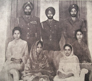Wedding of Captain Amarinder singh and Preneet Kaur. The present Maharaja is His Highness Capt. Amarinder Singh. Heir to the throne is Yuvraj Raninder Singh. Circa 1960s. Source: reportmysignal.blogspot.com